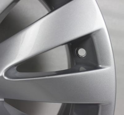 宝马7系原装18寸二手轮毂