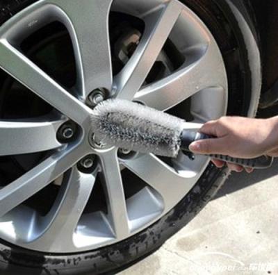 如何选择汽车轮毂刷