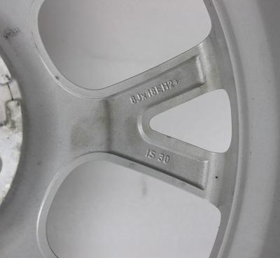 宝马120 18寸正品二手轮毂