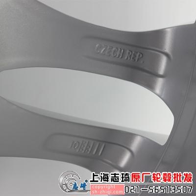 宝马x3原装18寸拆车钢圈