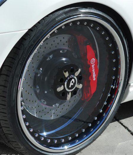 为什么轮毂基本都是镂空设计而不是封闭式的