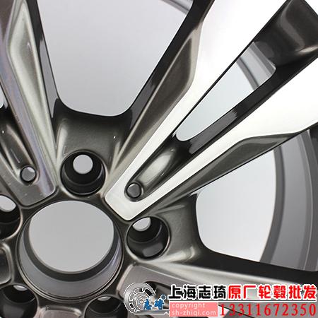 奔驰c200原厂拆车轮毂18寸