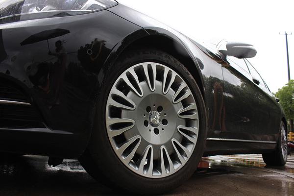 奔驰s400升级19寸迈巴赫锻造轮毂