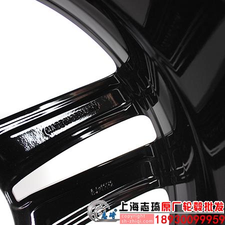 奔驰v260原装轮毂19英寸奔驰威霆原厂正品拆车钢圈适用于唯雅诺