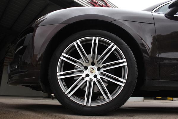 保时捷macan 18寸轮毂升级21寸锻造轮毂