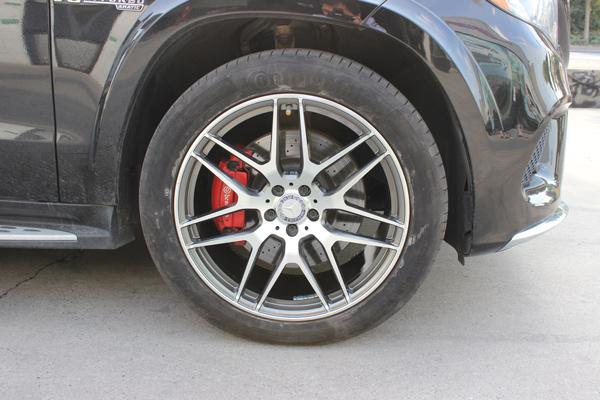 奔驰gls550轮毂升级21寸锻造轮毂