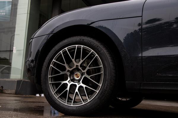 保时捷macan升级改装20寸鸟巢款锻造轮毂